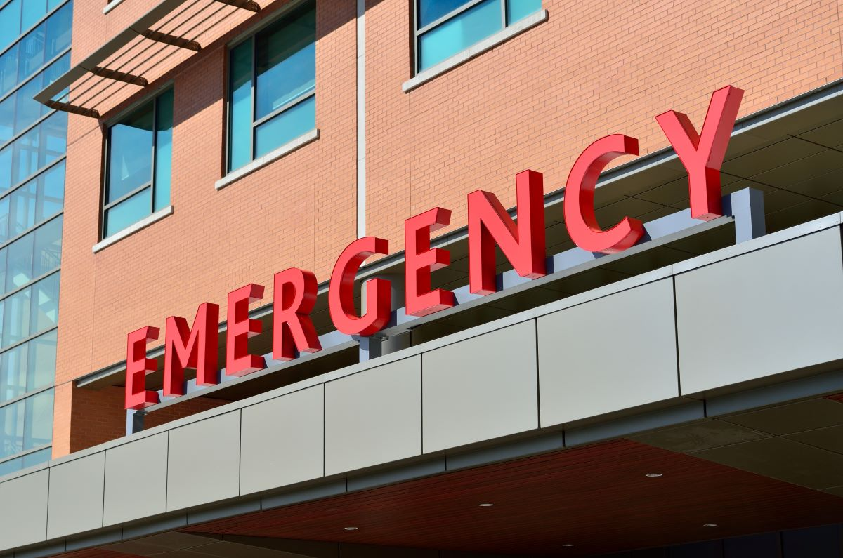 emergency sign hospital
