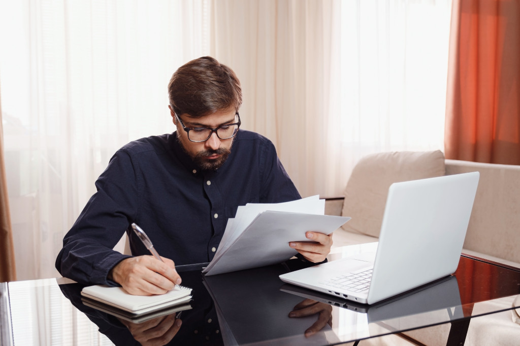 Challenges of Remote Working: Ways to Manage Your Business From Home